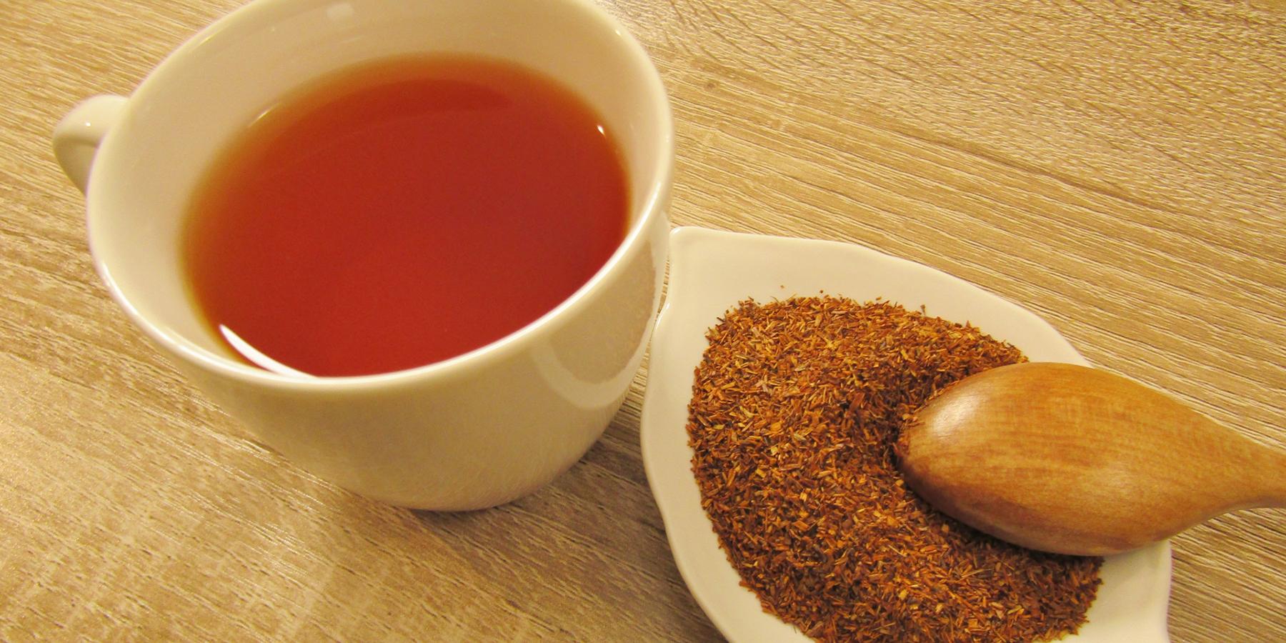 茶葉とルイボスティーのイメージ写真